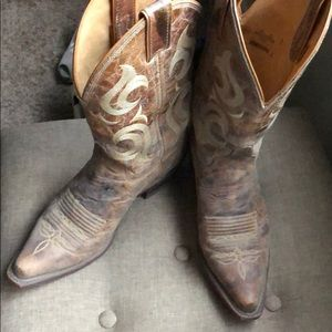 Women's Justin boots
